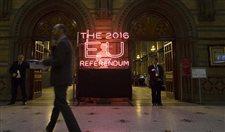 Brexit teğet geçti