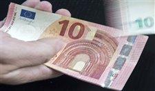 Euro 4,5 yılın dibinde!